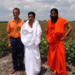Shekhar Agrawalji, Acharya Balkrishanji and Swami Ramdevji at the Houston Center Land