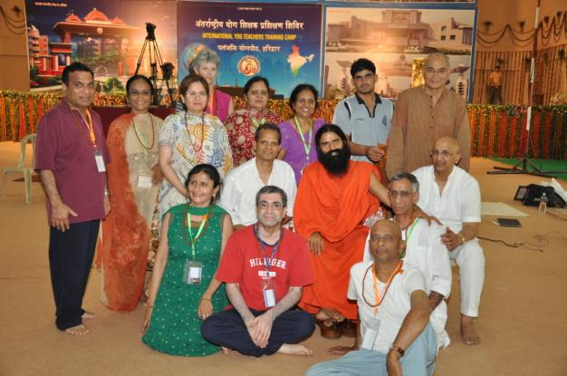 Swami Ramdevji with the US delegates - 1